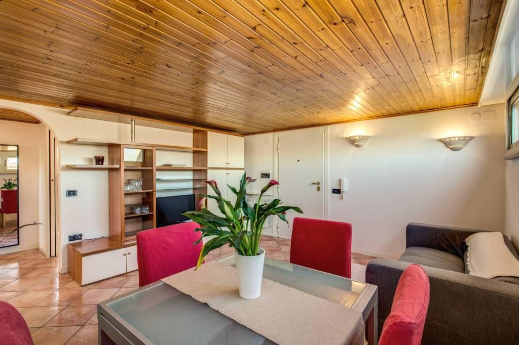 Appartamento in vendita a Roma, 2 locali, zona Zona: 24 . Gianicolense - Colli Portuensi - Monteverde, prezzo € 179.000   CambioCasa.it