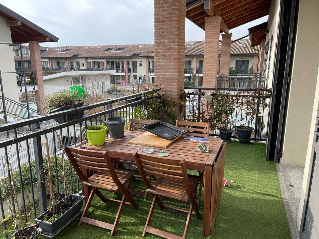 Appartamento in vendita a Rodano, 2 locali, prezzo € 185.000   CambioCasa.it