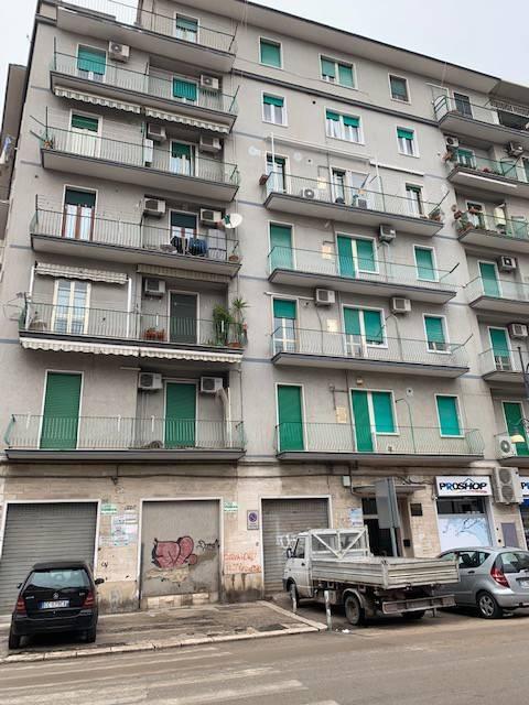 Appartamento in Affitto a Foggia Centro: 3 locali, 75 mq