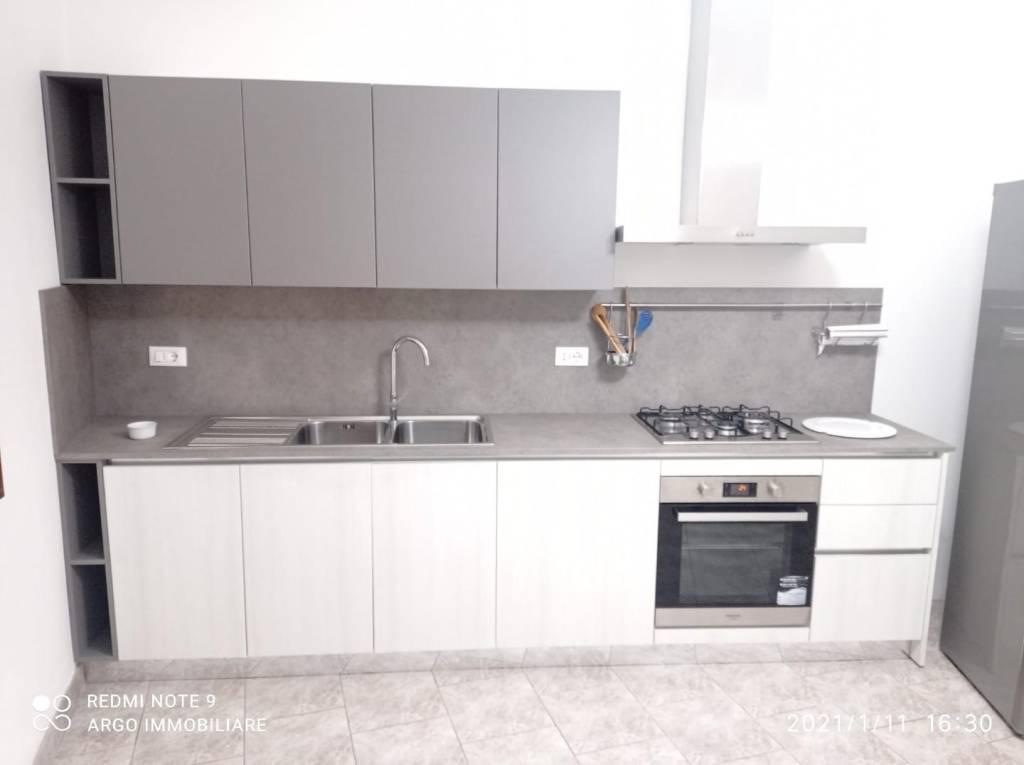 Appartamento in Affitto a Pisa Semicentro: 4 locali, 110 mq