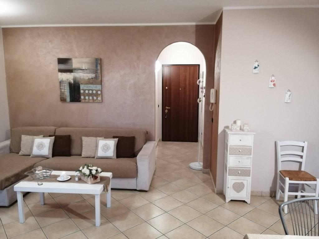 Appartamento in vendita a Viadana, 3 locali, prezzo € 120.000 | CambioCasa.it