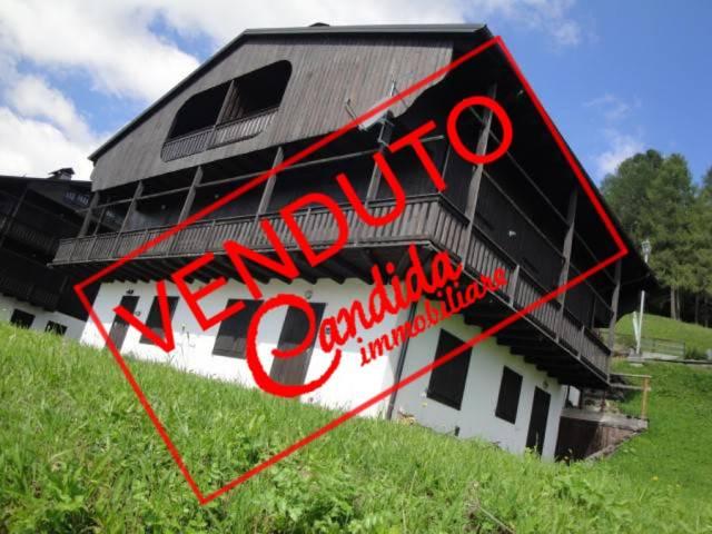 Attico / Mansarda in buone condizioni arredato in vendita Rif. 5016548