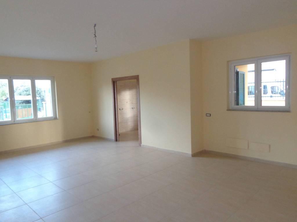 Appartamento in affitto a Marano di Napoli, 4 locali, prezzo € 600 | CambioCasa.it
