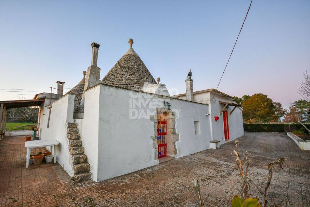 Rustico / Casale in buone condizioni in vendita Rif. 6055750