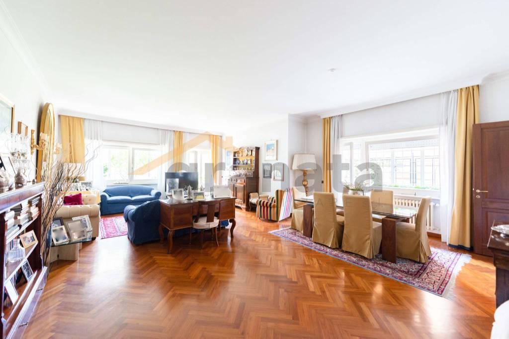 Appartamento in vendita a Roma, 7 locali, zona Zona: 29 . Balduina, Montemario, Sant'Onofrio, Trionfale, Camilluccia, Cortina d'Ampezzo, prezzo € 930.000 | CambioCasa.it