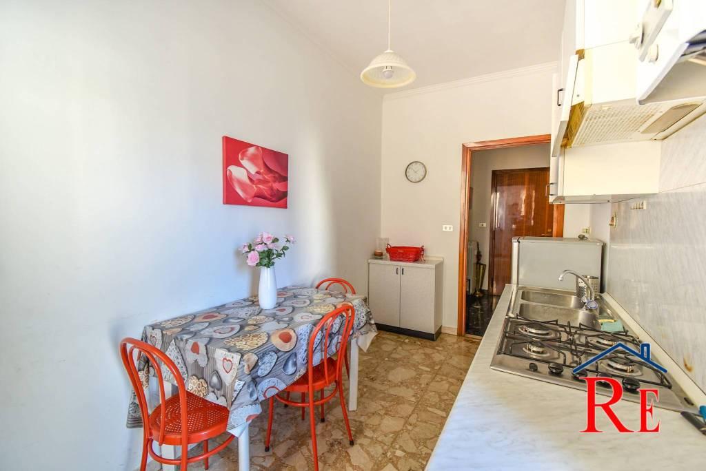 Appartamento in affitto a Pinerolo, 2 locali, prezzo € 330 | CambioCasa.it