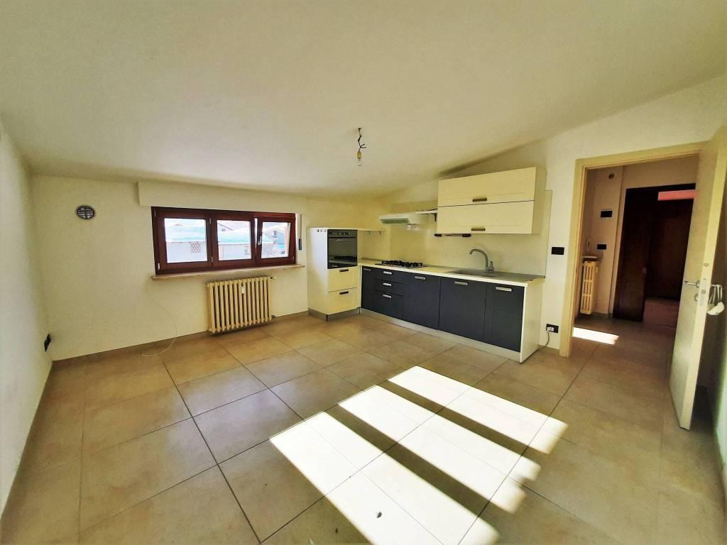 Appartamento in vendita a Vignolo, 3 locali, prezzo € 90.000 | CambioCasa.it