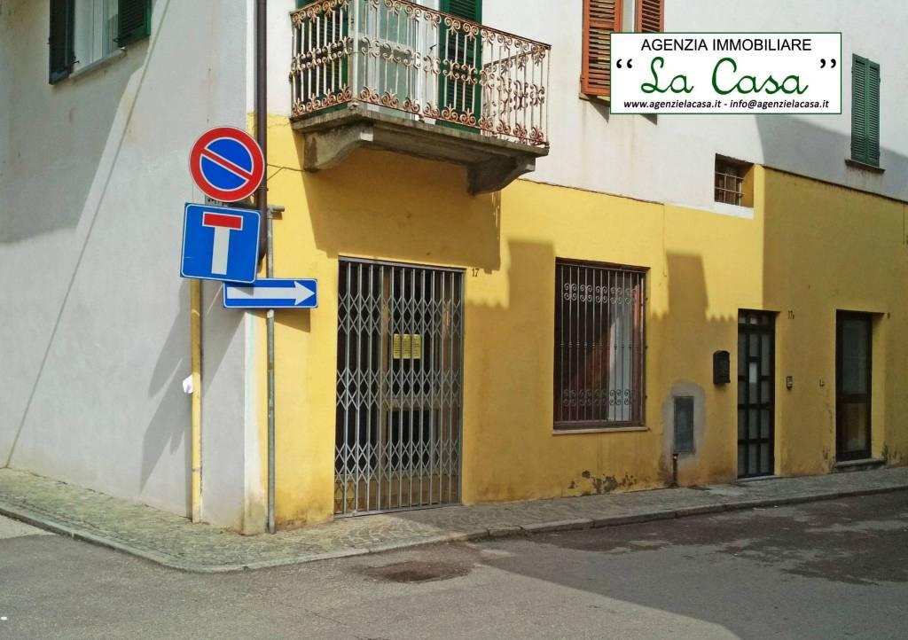Ufficio / Studio in affitto a Villanova d'Asti, 9999 locali, prezzo € 400 | CambioCasa.it