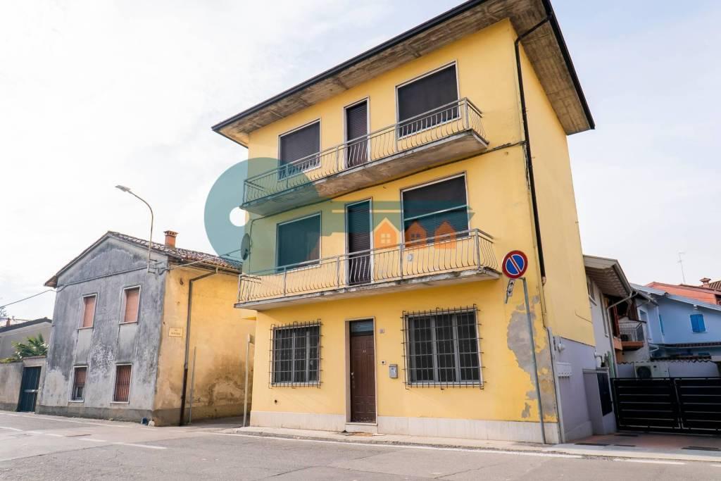 Soluzione Indipendente in vendita a Pavone del Mella, 5 locali, prezzo € 118.000 | PortaleAgenzieImmobiliari.it