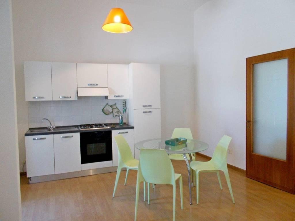 Appartamento in Affitto a Passignano Sul Trasimeno: 2 locali, 70 mq