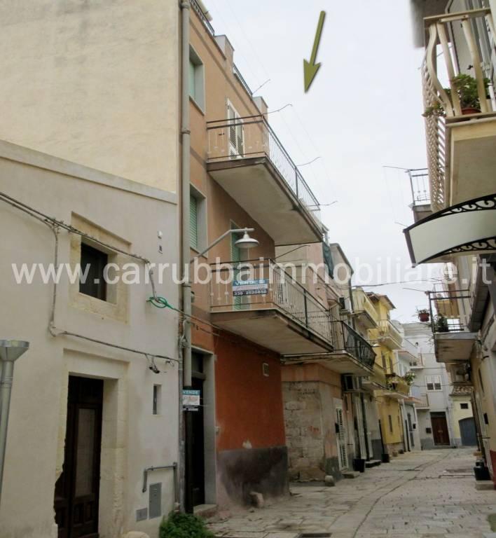 Casa indipendente in Vendita a Scicli Centro: 4 locali, 99 mq