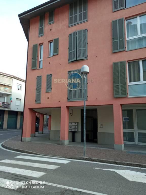 Negozio / Locale in affitto a Albino, 2 locali, prezzo € 500 | PortaleAgenzieImmobiliari.it