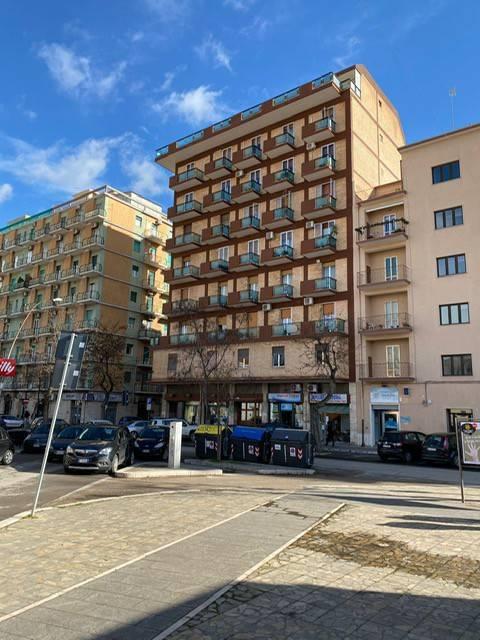 Appartamento in Vendita a Foggia Centro:  5 locali, 293 mq  - Foto 1