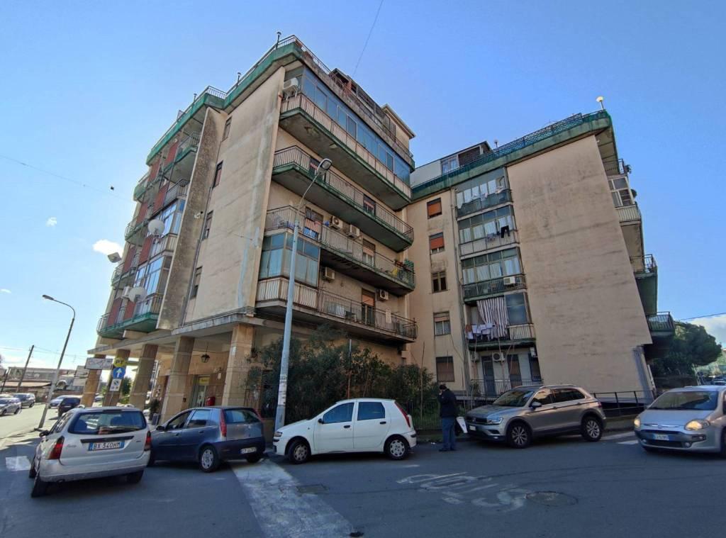 Appartamento in Vendita a Gravina Di Catania Centro: 3 locali, 90 mq