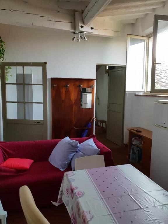 Appartamento in Affitto a Pisa Centro: 4 locali, 66 mq