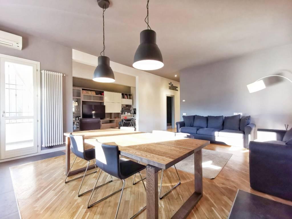 Appartamento in vendita a Calenzano, 4 locali, prezzo € 330.000 | PortaleAgenzieImmobiliari.it