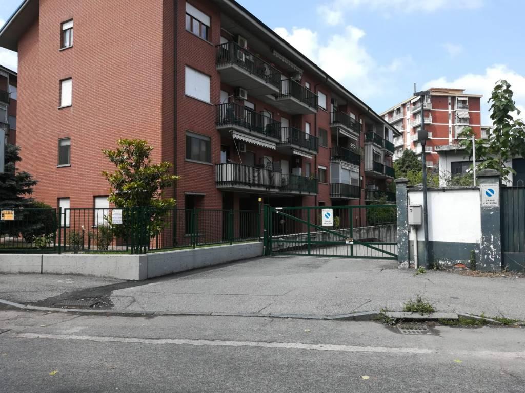 Magazzino in vendita a Venaria Reale, 9999 locali, prezzo € 55.000   CambioCasa.it