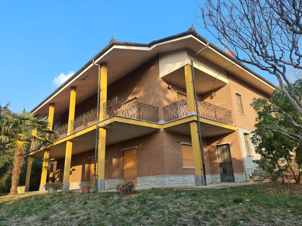 Villa in vendita a Pinerolo, 6 locali, prezzo € 249.000 | CambioCasa.it