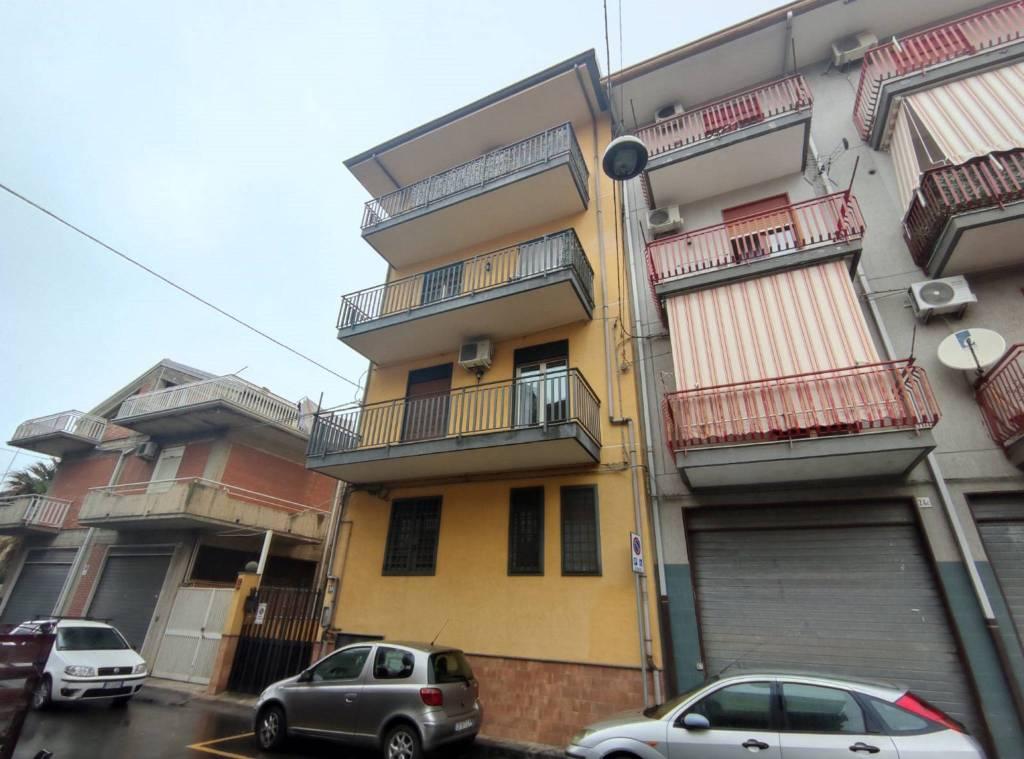 Appartamento in Vendita a Misterbianco Centro: 3 locali, 65 mq