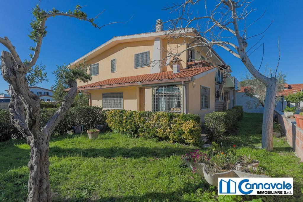 Appartamento in vendita a Roma, 3 locali, prezzo € 239.000 | CambioCasa.it