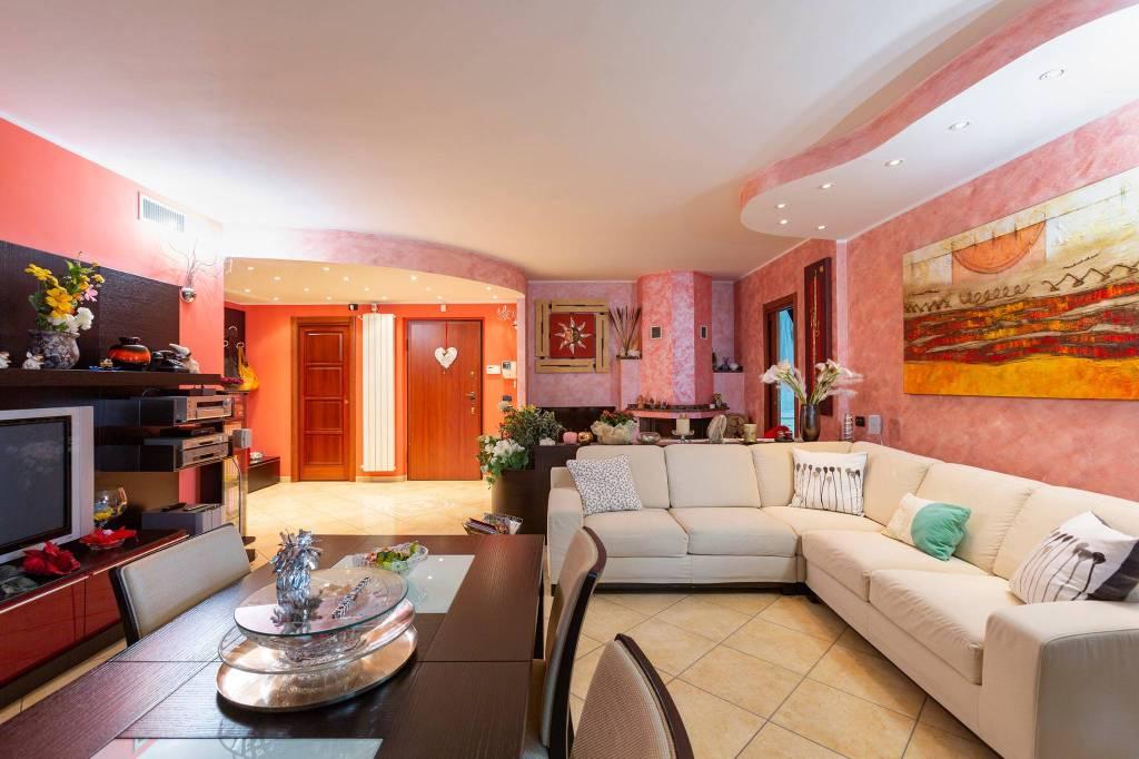 Appartamento in vendita a Liscate, 4 locali, prezzo € 360.000 | PortaleAgenzieImmobiliari.it