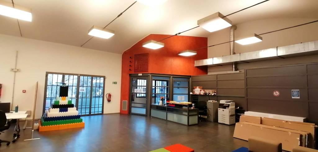 Ufficio-studio in Affitto a Casalecchio Di Reno Periferia: 5 locali, 1320 mq