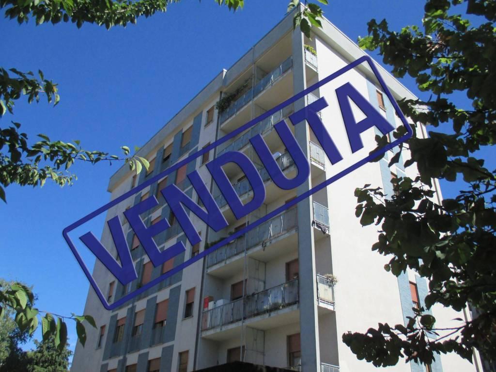 Appartamento in vendita a Saronno, 4 locali, prezzo € 259.000 | CambioCasa.it