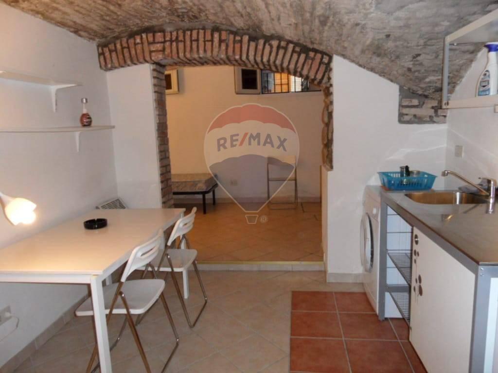 Appartamento in Vendita a Bologna Centro: 2 locali, 35 mq