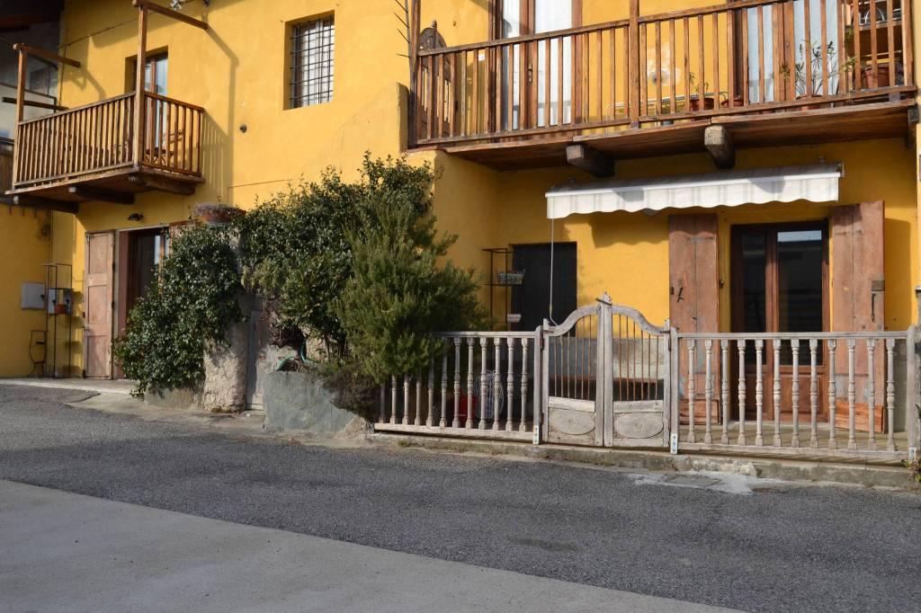 Appartamento in affitto a Almese, 2 locali, prezzo € 500 | CambioCasa.it
