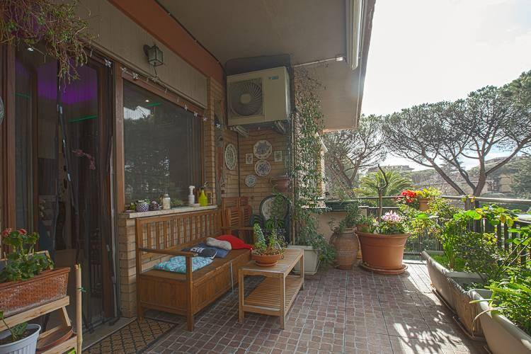 Appartamento in vendita a Roma, 7 locali, zona Zona: 38 . Acilia, Vitinia, Infernetto, Axa, Casal Palocco, Madonnetta, prezzo € 590.000 | CambioCasa.it