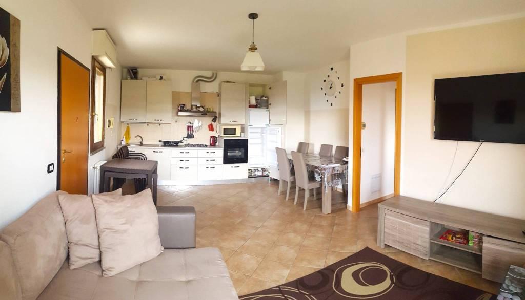 Appartamento in vendita a Saludecio, 4 locali, prezzo € 150.000 | PortaleAgenzieImmobiliari.it