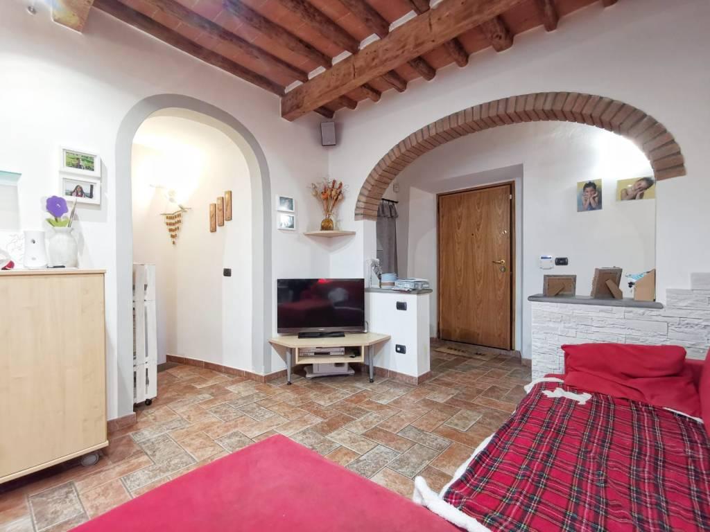 Appartamento in vendita a Signa, 5 locali, prezzo € 245.000 | PortaleAgenzieImmobiliari.it