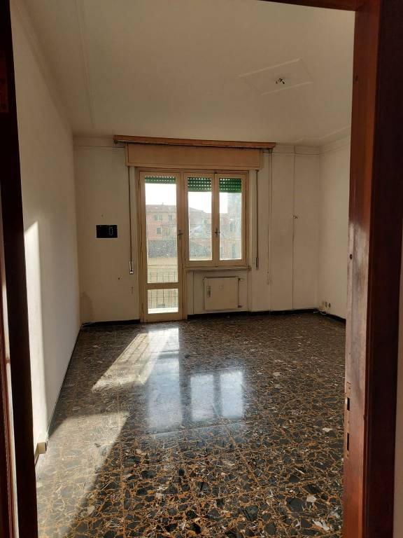 Appartamento in vendita a Chiavari, 4 locali, prezzo € 259.000   CambioCasa.it