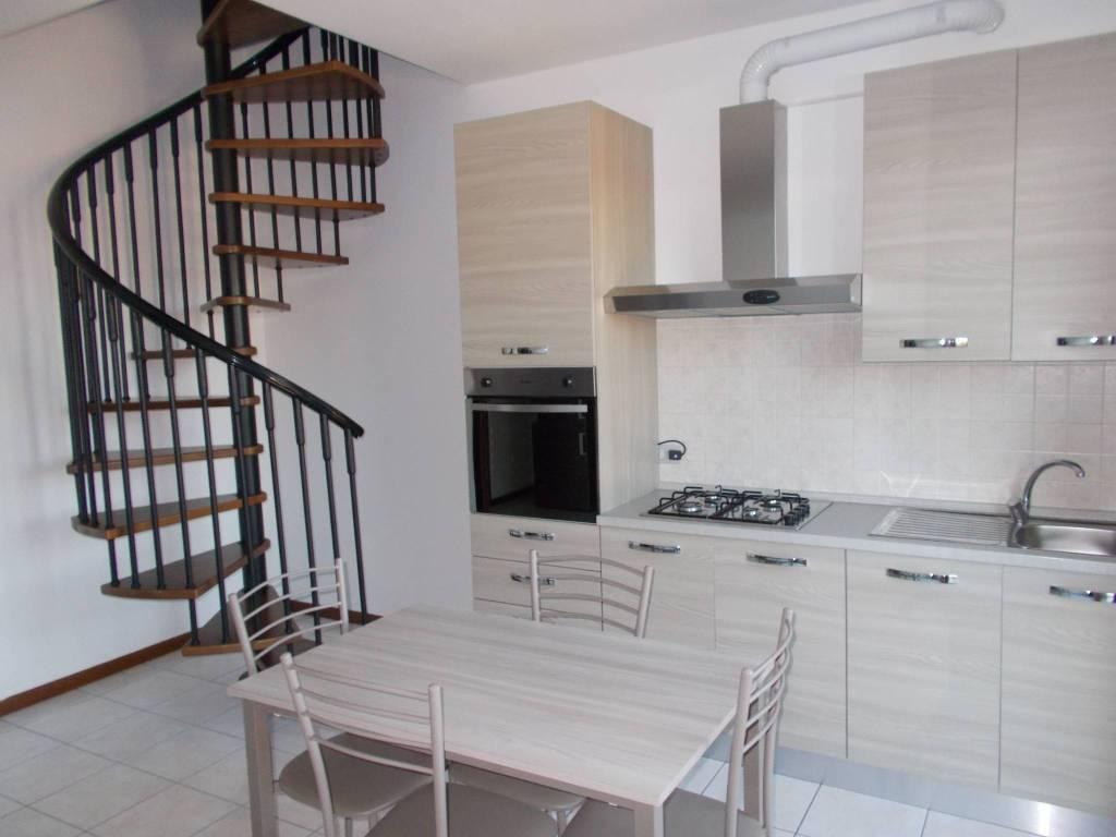 Appartamento in affitto a Trezzo sull'Adda, 2 locali, prezzo € 500 | PortaleAgenzieImmobiliari.it