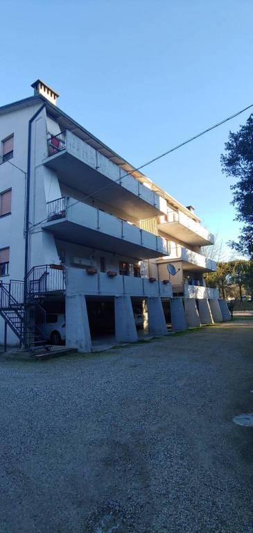 Appartamento in vendita a Riolo Terme, 3 locali, prezzo € 63.000 | CambioCasa.it