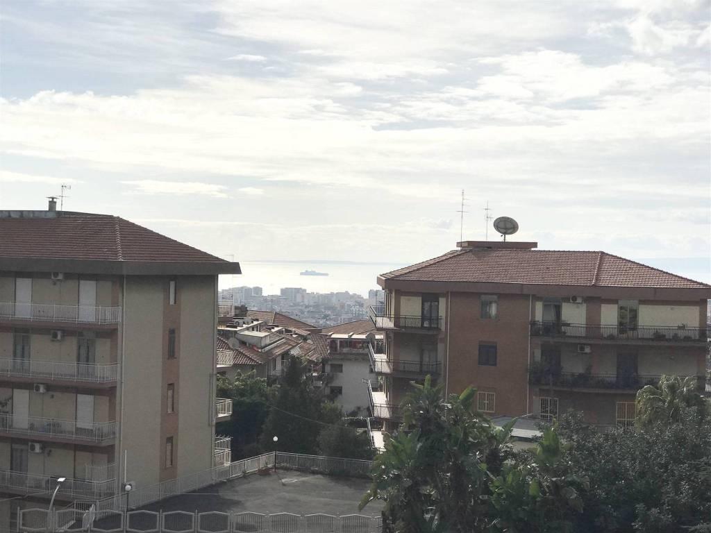 Appartamento in Vendita a Tremestieri Etneo Centro: 5 locali, 200 mq
