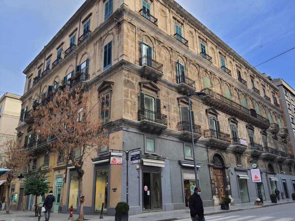 Appartamento in ottime condizioni in vendita Rif. 9197242
