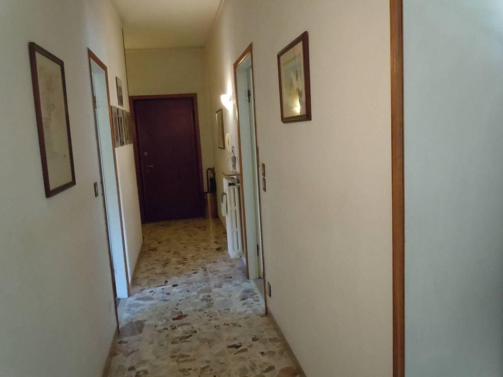 Appartamento in Vendita a Piacenza: 3 locali, 105 mq