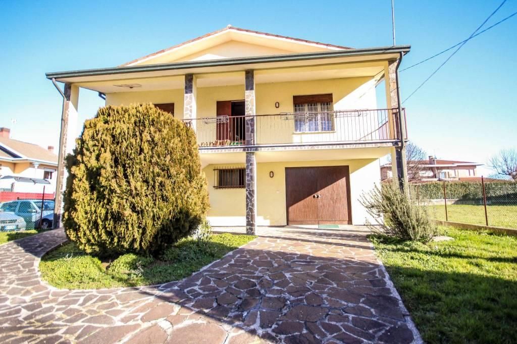 Villa in vendita a Camisano Vicentino, 6 locali, prezzo € 185.000 | CambioCasa.it