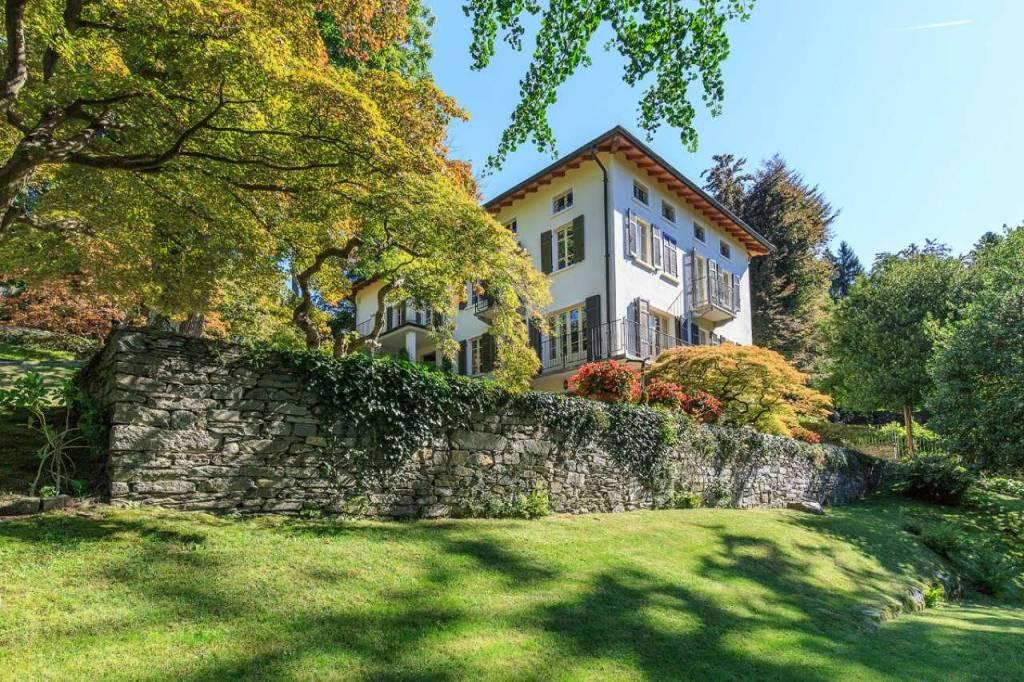 Villa in Vendita a Premeno: 5 locali, 652 mq