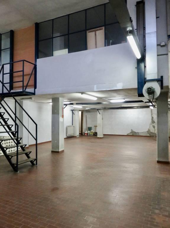 Magazzino in vendita a Collegno, 9999 locali, prezzo € 110.000 | PortaleAgenzieImmobiliari.it