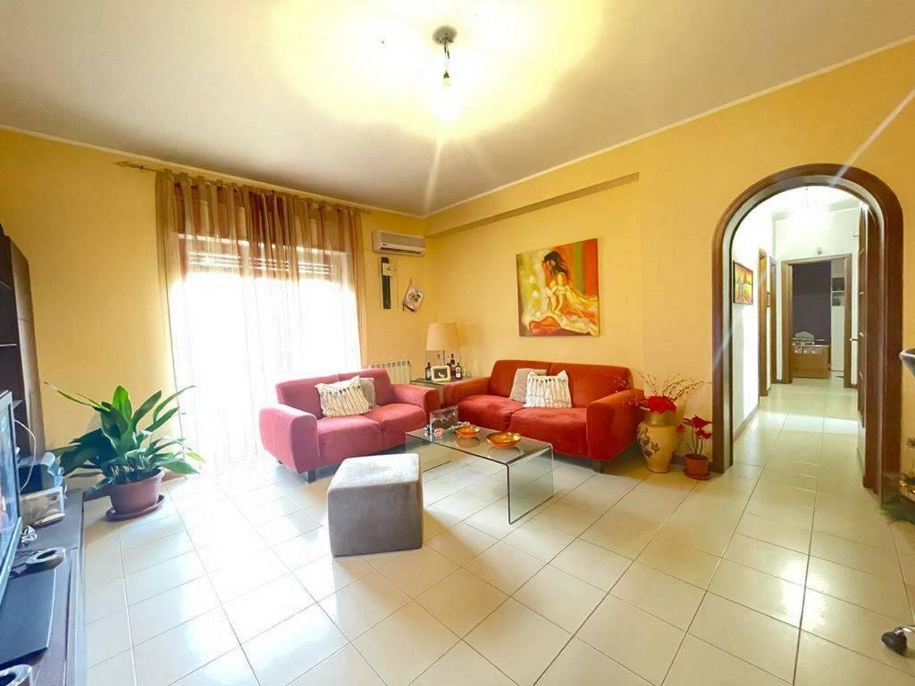 Appartamento in vendita a Gravina di Catania, 4 locali, prezzo € 125.000 | PortaleAgenzieImmobiliari.it