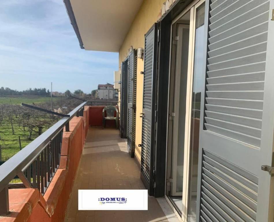Appartamento in ottime condizioni arredato in affitto Rif. 8549660