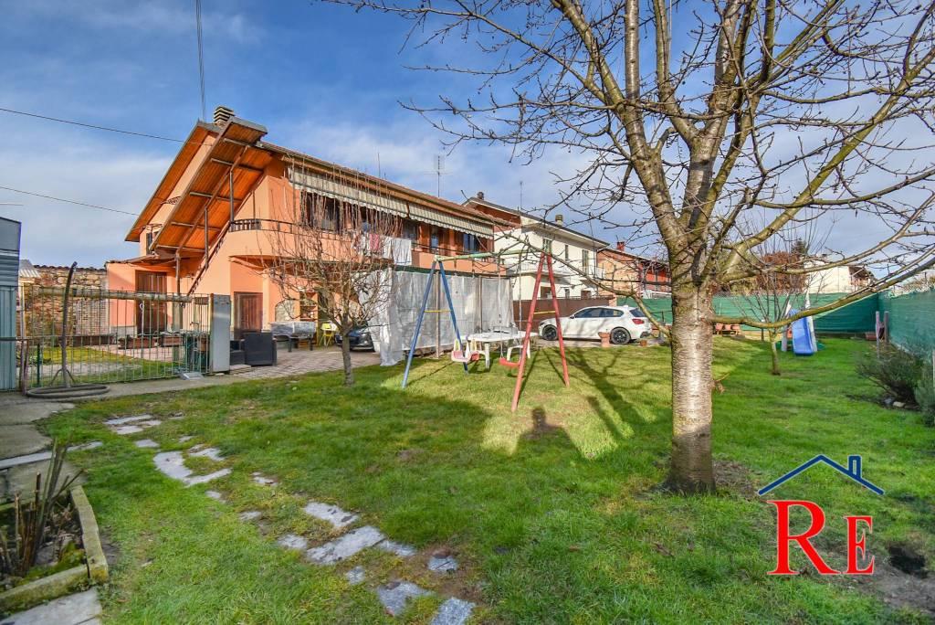 Villa in vendita a Villafranca Piemonte, 7 locali, prezzo € 159.000 | CambioCasa.it