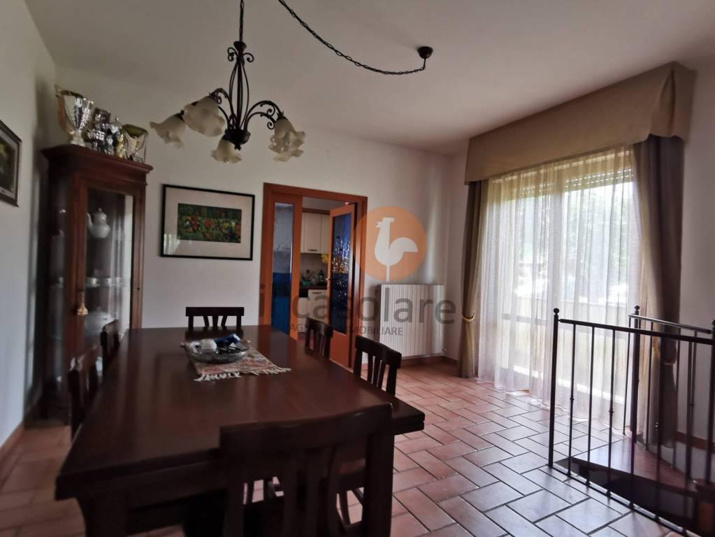 Appartamento in vendita a Fano, 7 locali, prezzo € 215.000   PortaleAgenzieImmobiliari.it