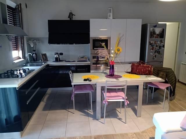 Appartamento in Vendita a Magione: 3 locali, 84 mq