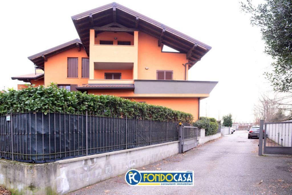 Attico / Mansarda in vendita a Marnate, 2 locali, prezzo € 79.000   PortaleAgenzieImmobiliari.it