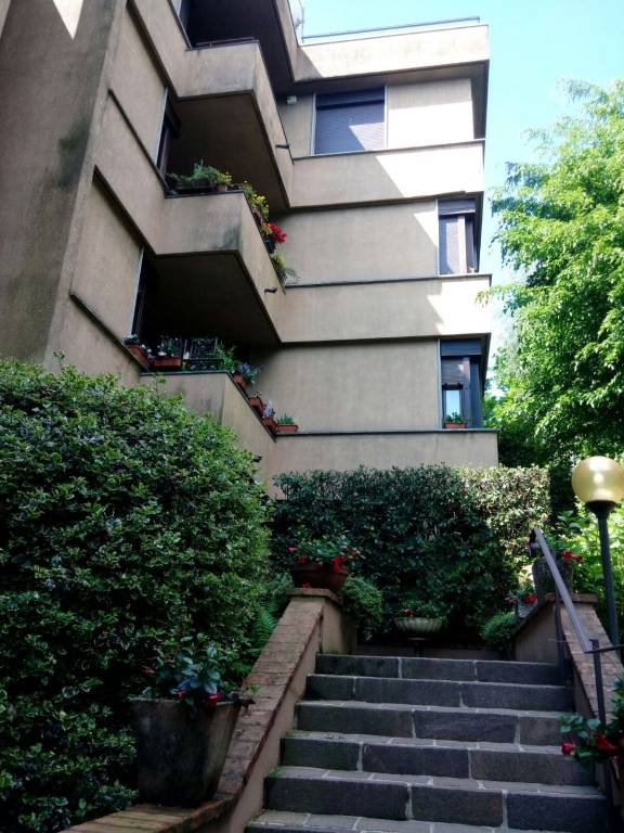 Appartamento in affitto a Varese, 4 locali, prezzo € 900   CambioCasa.it