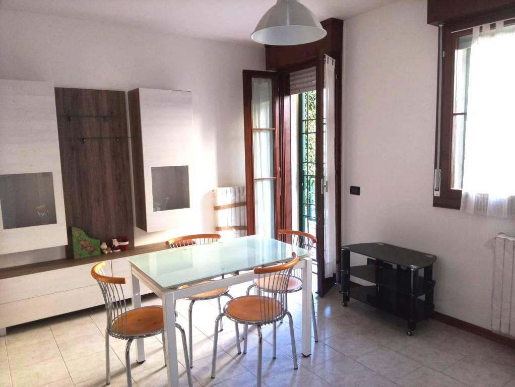 Appartamento in Vendita a Grizzana Morandi Centro: 2 locali, 60 mq
