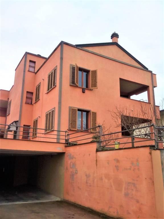 Appartamento in vendita a Foligno, 5 locali, prezzo € 150.000   PortaleAgenzieImmobiliari.it
